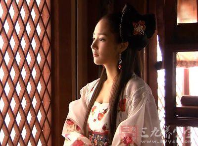 """建立了中国古代第一个也是惟一一个""""男后宫图片"""