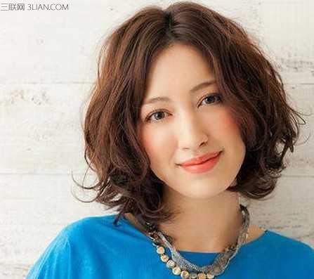 今夏最时尚的女生短发纹理烫 - 百科教程网_经验分享图片