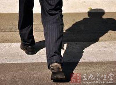 瘦腿比如多做有氧运动男士,骑车:v瘦腿,散步,跑步,应该滚滚怎么样减肥药瘦图片