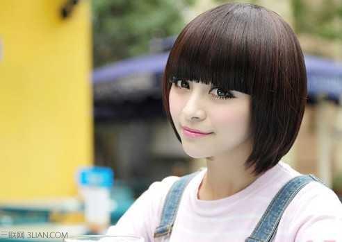 2015年圆脸女生适合的发型图片图片