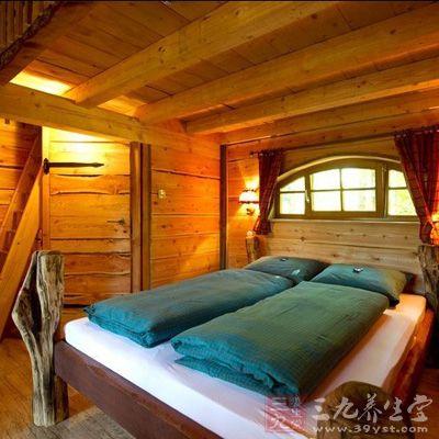 德国树屋堪比豪华酒店,呼吸新鲜空气与大自然亲密接触.
