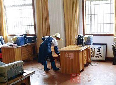 宾阳中学部分学生感染诺瓦克病毒 现已停课一周图片