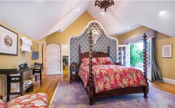 分类导航 生活百科 家居装修 室内设计理论 > 欧式婚房怎么装修  &