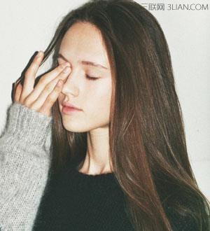韩国女生圆脸长发发型图片
