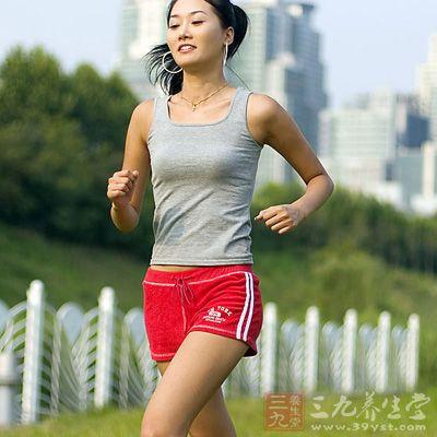 瘦腿调整跑步姿势可以大粗腿敲天几减肥避免带脉图片
