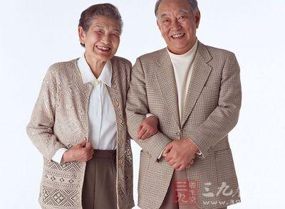 老人便秘 怎么吃缓解便秘症状 - 百科教程网_经