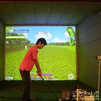 室内高尔夫球场 如何在室内打好高尔夫