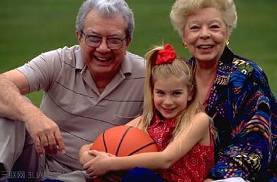 2015美国祖父母节是几月几日 - 百科教程网_经