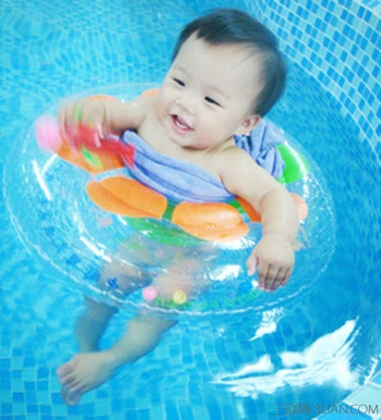 宝宝游泳图片大全可爱