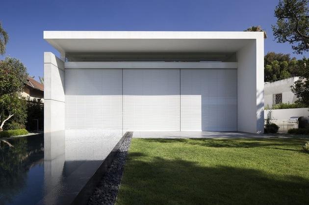 白色现代简约别墅设计案例