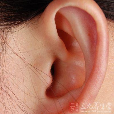 耳穴按摩:选内生殖器,盆腔,肾上腺,内分泌,交感等穴