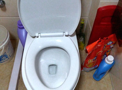厕所马桶有臭味