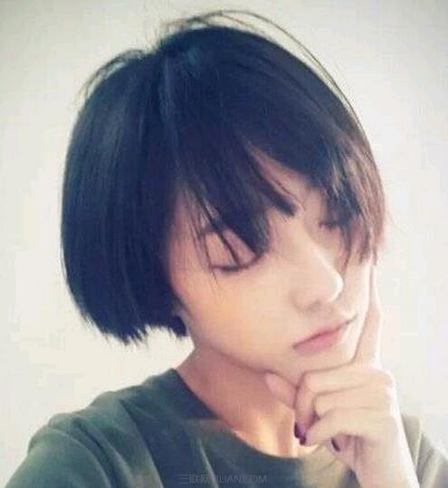 2016女生齐耳短发发型图片