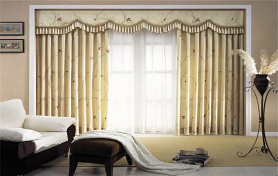 现代简约风格客厅窗帘选择好 效果美观房子适用