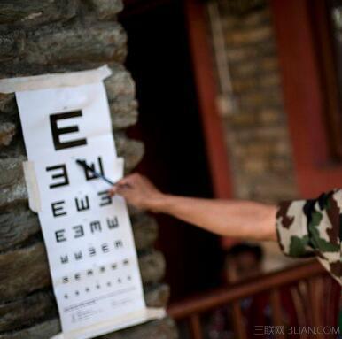 """视力表/视力表选来让我们认的符号叫""""视标(target)"""",视标到底是怎么选..."""