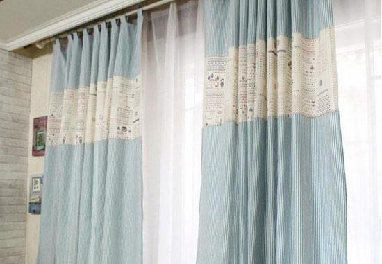 现代简约风格客厅窗帘选择好
