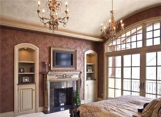 室内设计理论 > 欧式卧室电视背景墙      选用木质饰面板用作电视
