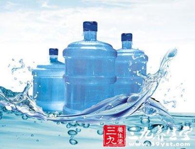 饮用水桶开展专项检查