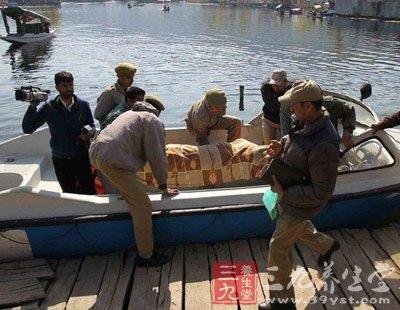 女游客印度遭奸杀 出国旅游注意事项要重视